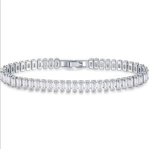 """🆕CZ Baguette Diamond 💎 Tennis Bracelet 7.5""""🆕"""